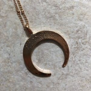 Jewelry - Double Horn Crescent Necklace